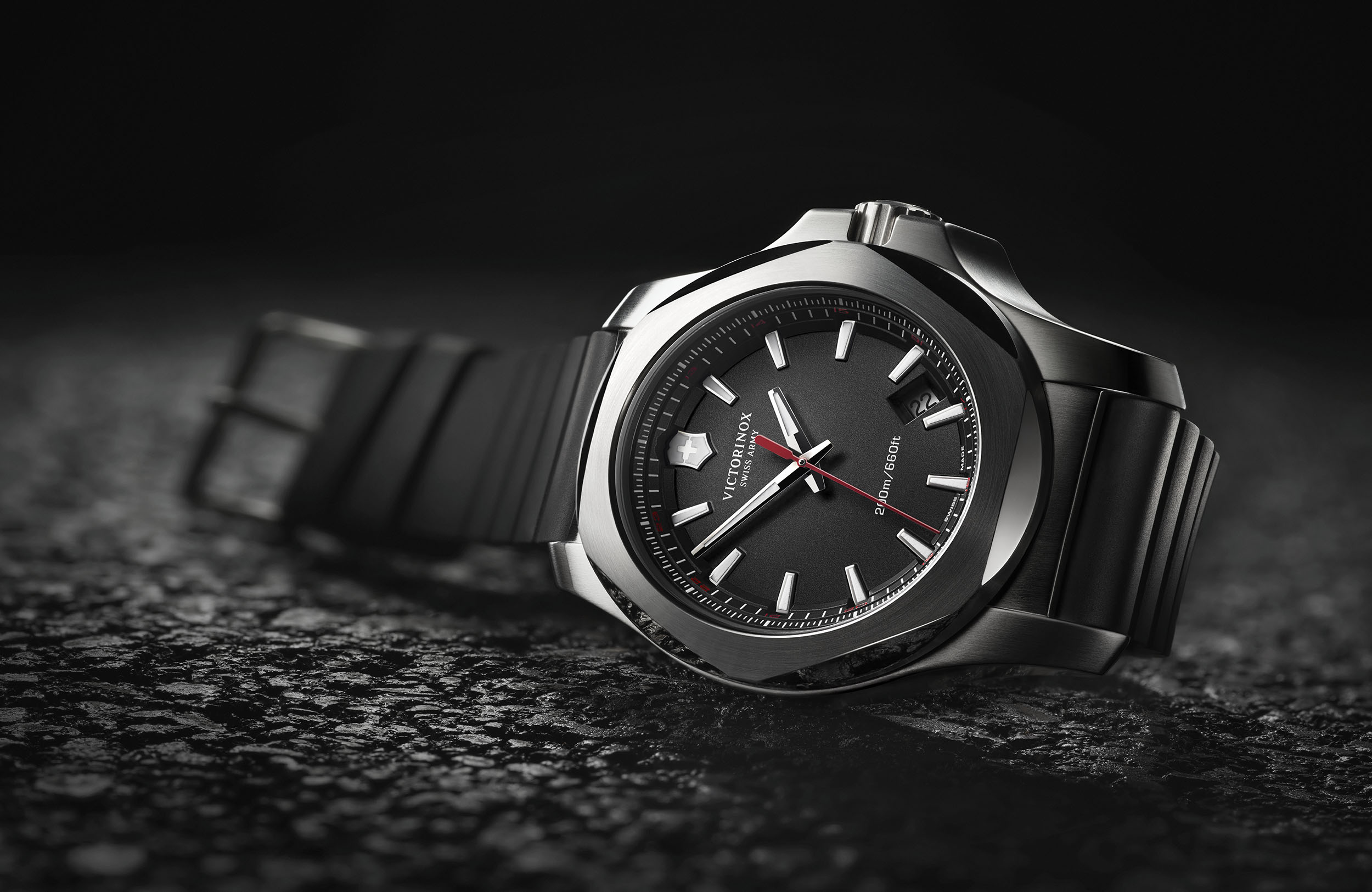 I.N.O.X. THE NEW AMAZING WATCH FROM VICTORINOX