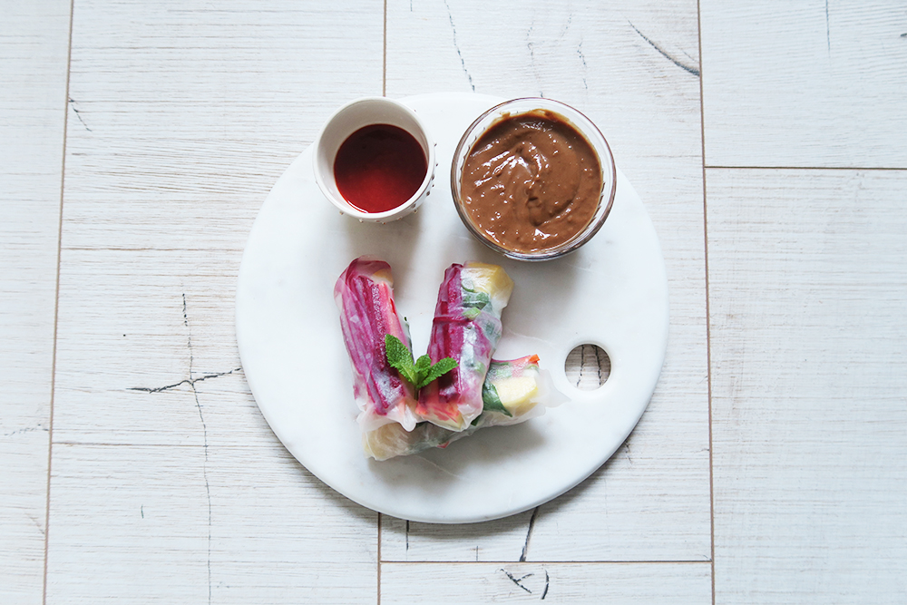 spring-rolls-with-peanut-butter-sauce