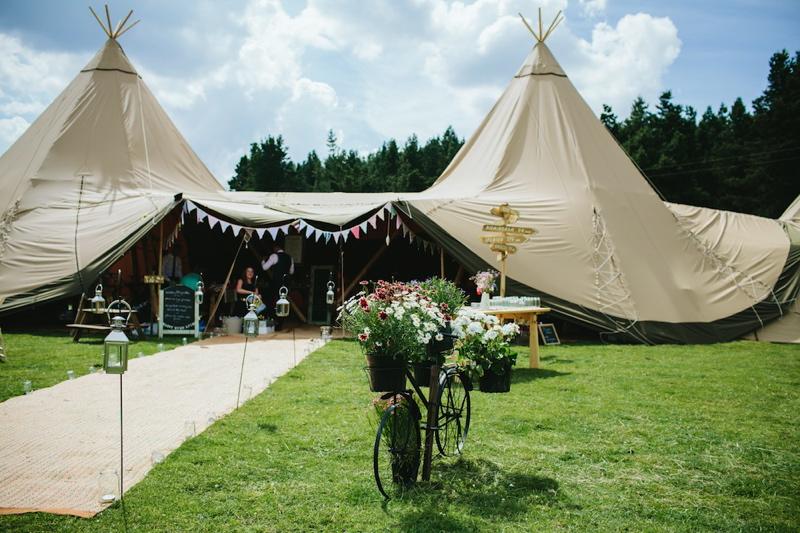 tent wedding
